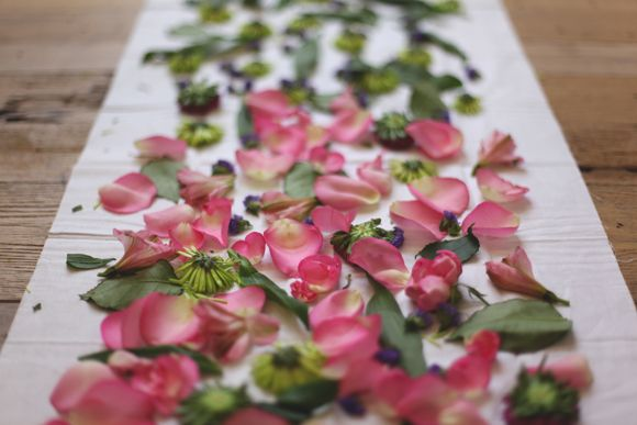 How to dye fabric with flowers: http://blog.freepeople.com/2013/01/eco-dyeing-flowers-part-1/