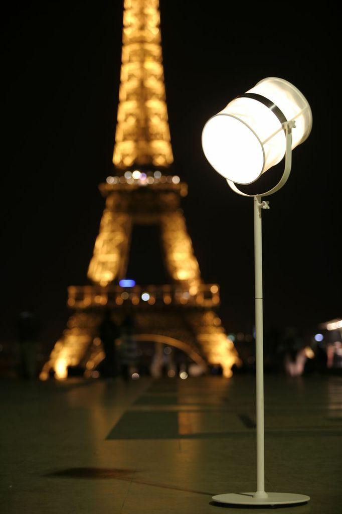 Beautiful  Lampe Paris white eiffeltower outdoor lights beautiful design