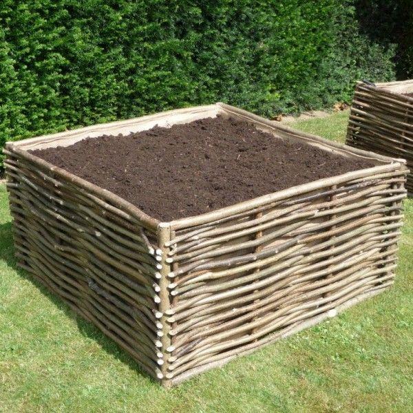 Carré potager bois noisetier tressé, Jardinage et décoration