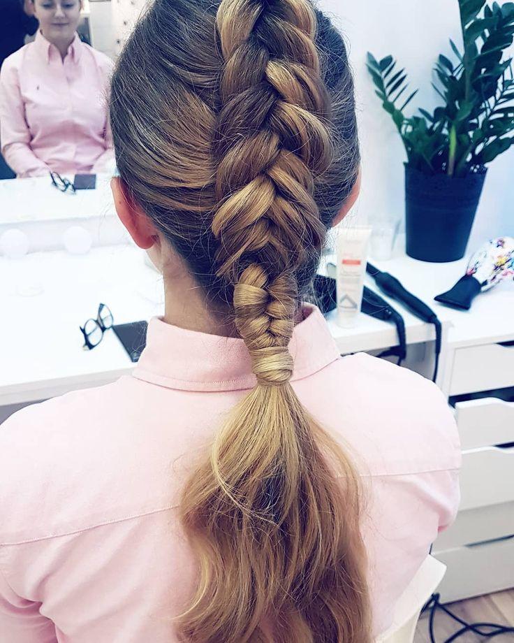 Fryzura na dziś  A na grupie wylądował już nr 8 z 30 tutoriali  link w bio    #hairbyme #hairbyjul #hair #hairstyle #hairstyles #myjob #hairstylist #hairartist #hairoftheday #hotd #hairphotos #instahair #hairofig #hairofinstagram #braidideas #braidoftheday #inspiration #longhair #blonde #braids #pic #picture #instagood #hairstylistlife #lovehair #hairart
