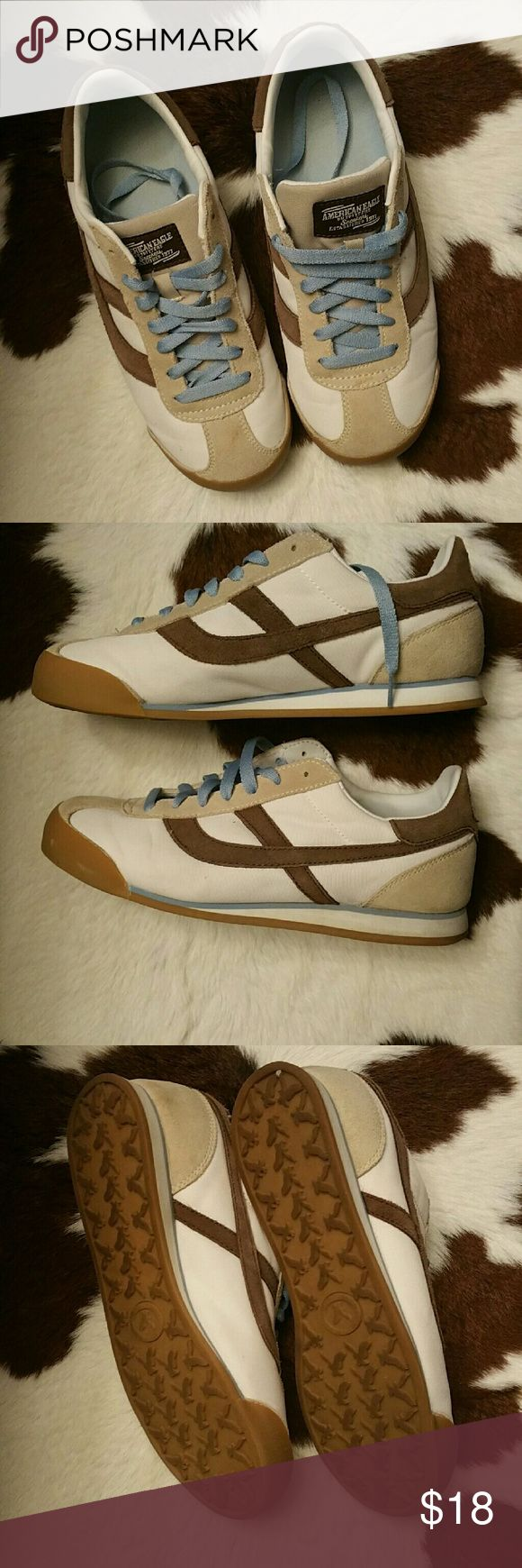American Eagle Shoes Very good used condition, size 9 but fit me and I'm 9.5, comfy and cute American Eagle Outfitters Shoes Sneakers