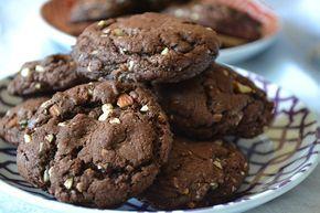 Duncan Hines Devil's Food Fudge Cookies (Cake Mix Cookies). Chocolate almond cookie Recipe