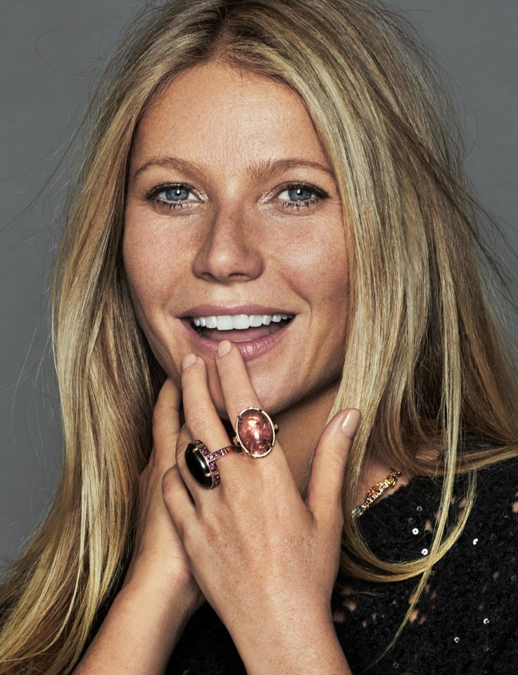 Photography: Xavi Gordo Styled by: Inma Jimenez Make up: Emma Lovell Hair: George Northwood Celebrity: Gwyneth Paltrow