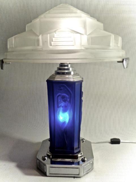 Résultats de recherche d'images pour «walther & sohne rotterdam blue lamp»