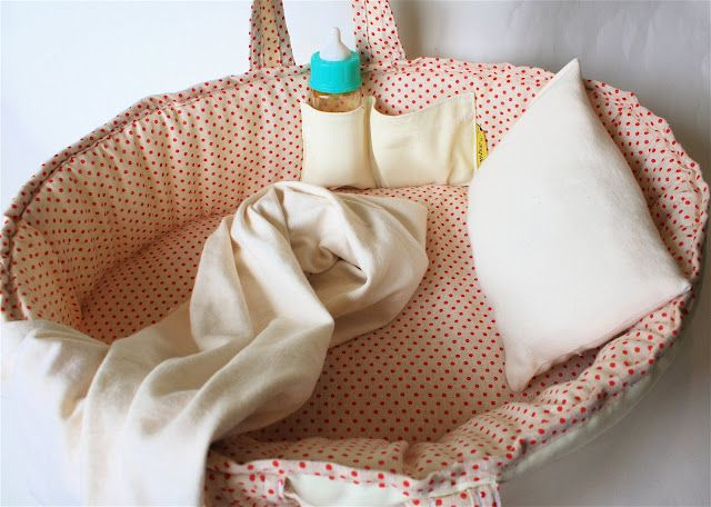 Baby Doll Moses Basket | MADE have to add a Little pouch for bottle in my diy doll bed!