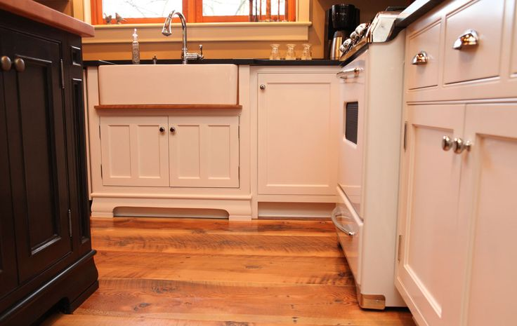 16 Best White Kitchens Images On Pinterest Custom Kitchen Cabinets Custom Kitchens And White