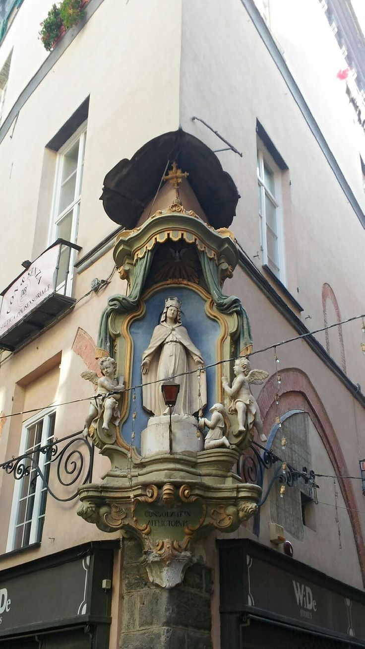 Edicola nel centro storico di Savona