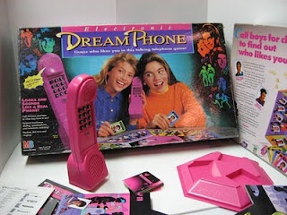 Long before the smart phone, 90s kids had fun with electronic dream phone #PastPresents #gifts #retrotoys
