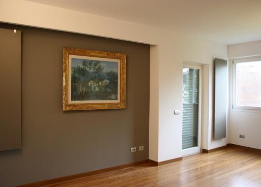 Vista salone parete con controsoffitto in cartongesso