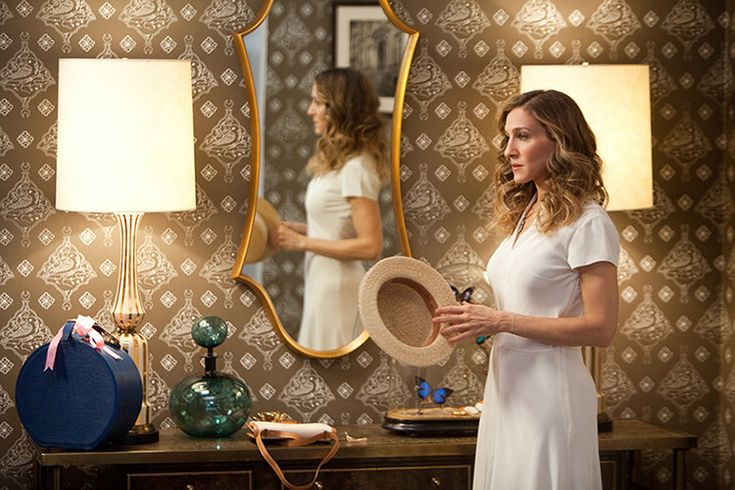 """SARAH JESSICA PARKER as Carrie Bradshaw in New Line Cinema's comedy """"SEX AND THE CITY 2,"""" a Warner Bros. Pictures release."""