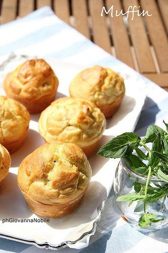 Muffin con Salva Cremasco DOP e prosciutto crudo toscano