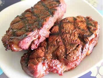 Pecan Smoked Steak on the Brinkmann Horizontal - Smoking Meat Newsletter