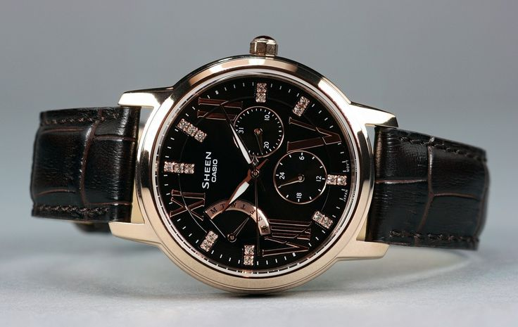 Bonito reloj CASIO color cobre con esfera negra y cristales SWAROVSKI en los índices