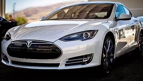 2015 Tesla Model R Design Review