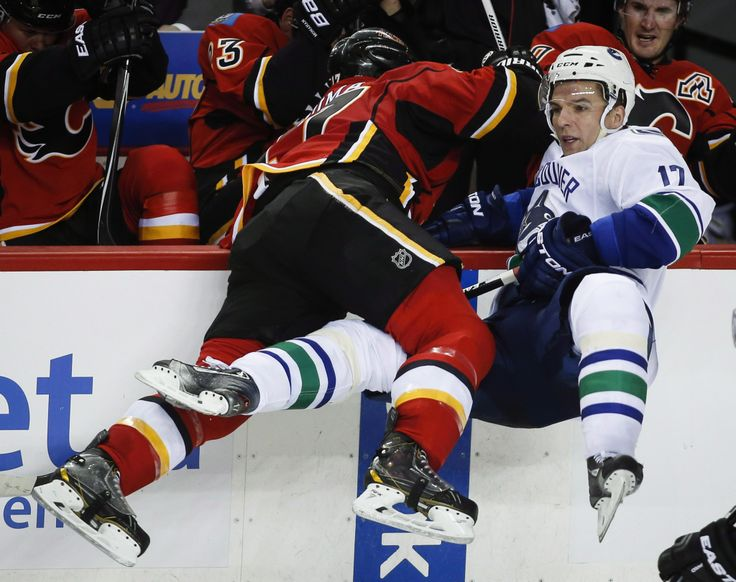 2015 NHL Stanley Cup Playoffs: Calgary vs Vancouver Game 3 Preview - http://movietvtechgeeks.com/2015-nhl-stanley-cup-playoffs-calgary-vs-vancouver-game-3-preview/-The first round playoff series between the Calgary Flames and the Vancouver Canucks will continue on Sunday in the 2015 NHL Stanley Cup playoffs. The series, following Vancouver's 4-1 win in game two, will now switch over to Calgary, Alberta in what will be a very important game three.