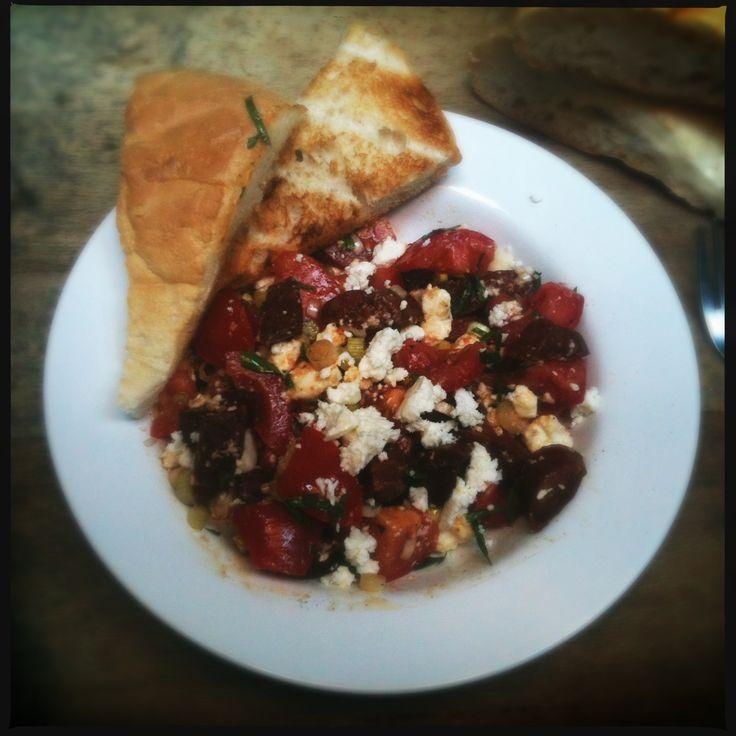 IMG_2380recept salade tomaat chorizo feta basilicum look spaans italiaans koken spaanse italiaanse keuken mediteraans mediteraanse jamie oliver food kook blog