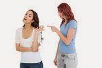 Taktik Ampuh Membuat Temanmu Agar Mau Mendengarkanmu