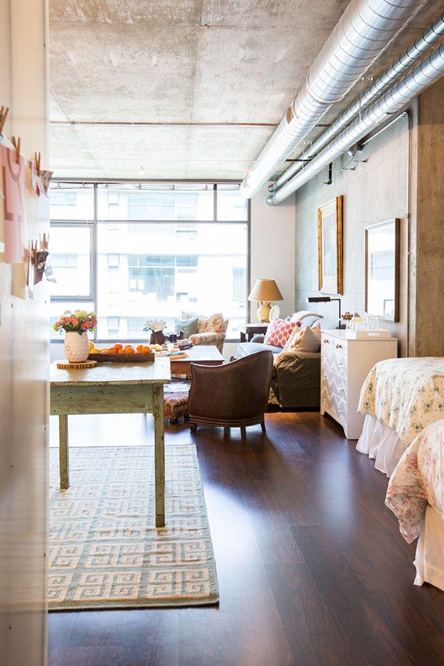 Bedroom Area // Studio - Bachelorette Apartment // House // Home Decor // Interior Design