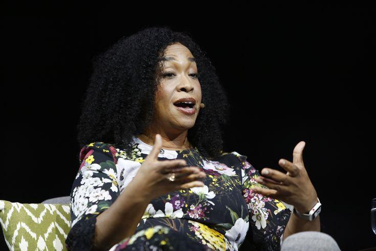 https://www.ebates.com/r/AHMEDR148?eeid=28187 Shonda Rhimes talks move from network TV to Netflix https://www.booking.com/s/35_6/b0387376