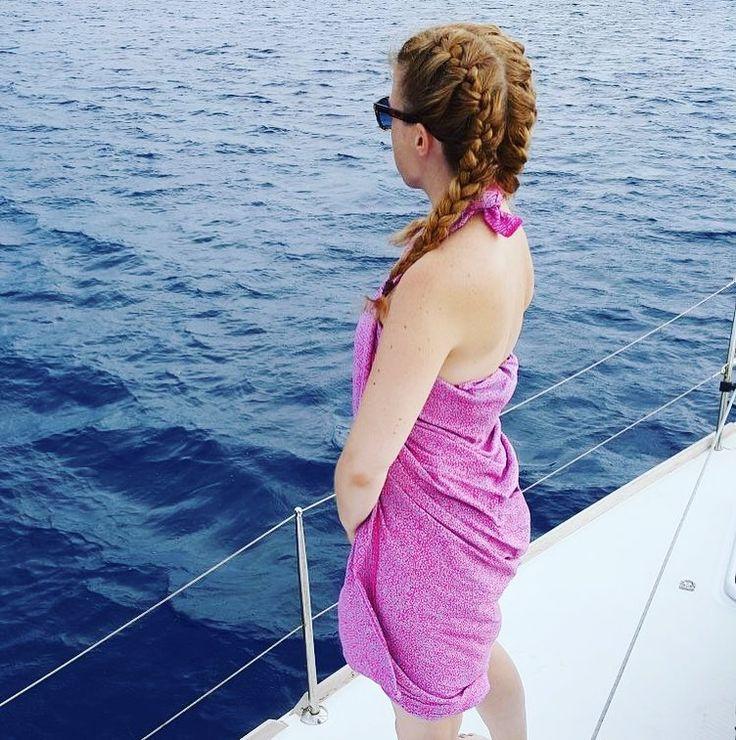 💜-ly #lindaheringbyme #regram 📷 by @ethelke - #sailing in #Greece - enjoy ⛵️🌊 ☀️ ☀️ ☀️#sarongniluh  #madewithloveinbaliღ #handmade #sarong #pareo #sailinginstyle #bali #resortfashion  #accessories #musthaves #hippiechic #fashionista #boholuxe #boho #artisinal #freespirit #indonesia  #beachfashion #resortwear #ourcolourdays