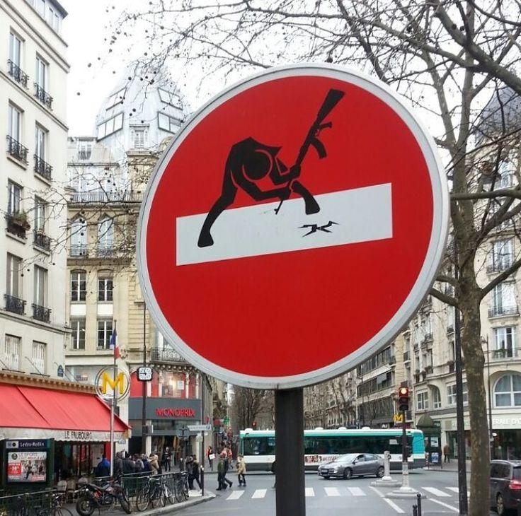 #Streetart: new piece by #CLET in #Paris