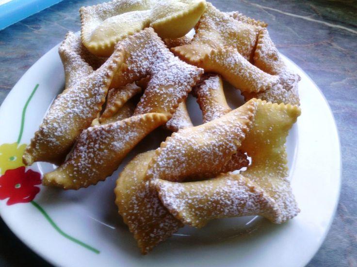 Sfrappole de carnaval chiacchiere di carnevale recetas for Pasta tipica italiana