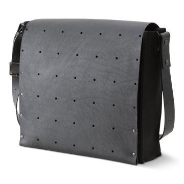 PRIMITIVE MODERN/ten-sen BOX BAG A4 39900yen ten-senシリーズに、収納力のあるバッグが登場