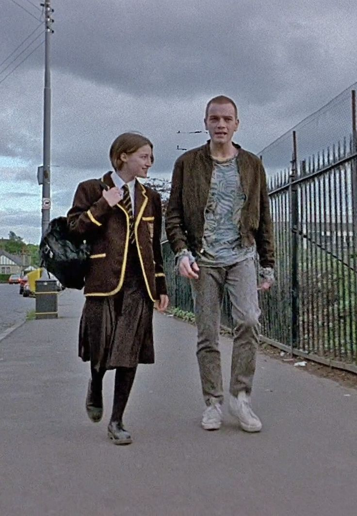 Kelly Macdonald as Diane & Ewan McGregor as Renton in Trainspotting, 1996.