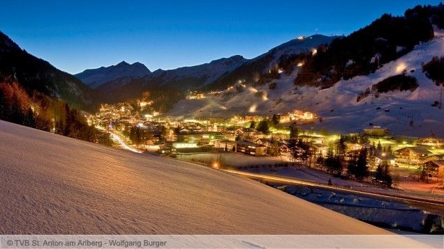 Ski holidays St. Anton - ski deals - cheap ski packages including lift pass