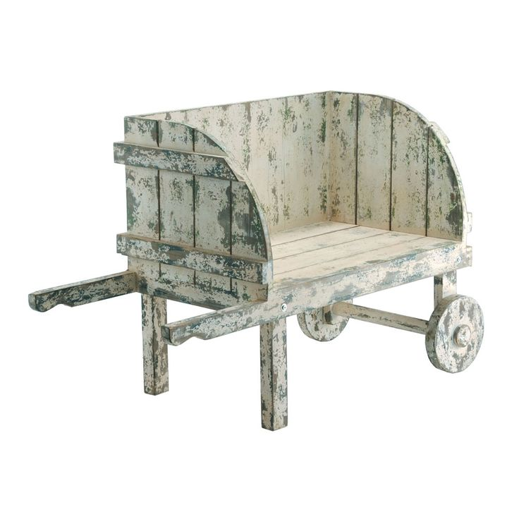 a cart made from pallets/old boards