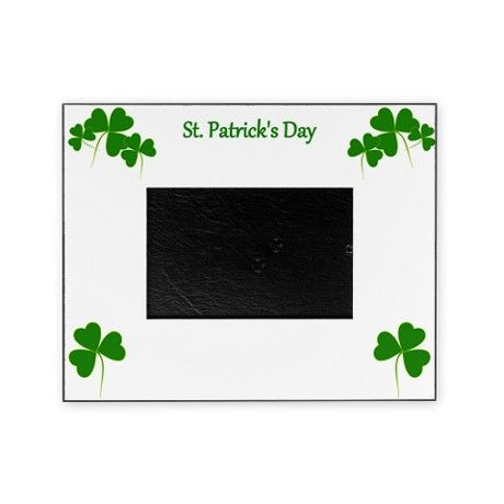 Lucky Irish Shamrocks Picture Frame would be perfect to show off a St. Partick's Day memory. #pictureframe  #StPatricksDay