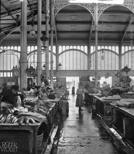 Les Halles, marché aux poissons. Paris (Ier arr.), vers 1895. Vue stéréoscopique.