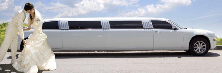 Miete eine tolle weiße Stretchlimousine in Hürth auf http://www.limo-niederrhein.de  - Infos unter 0163-6327184
