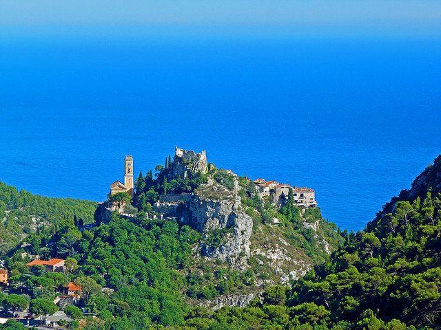 Guía de viaje a la Costa Azul en la Provenza (Francia). Ruta en coche, lugares recomendados, transporte, alojamiento y consejos para un viaje al Périgord