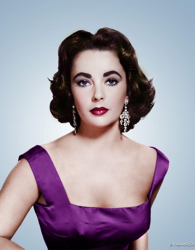 Elizabeth Taylor   é reverenciada até os dias de hoje como uma das mulheres mais bonitas de todos os tempos