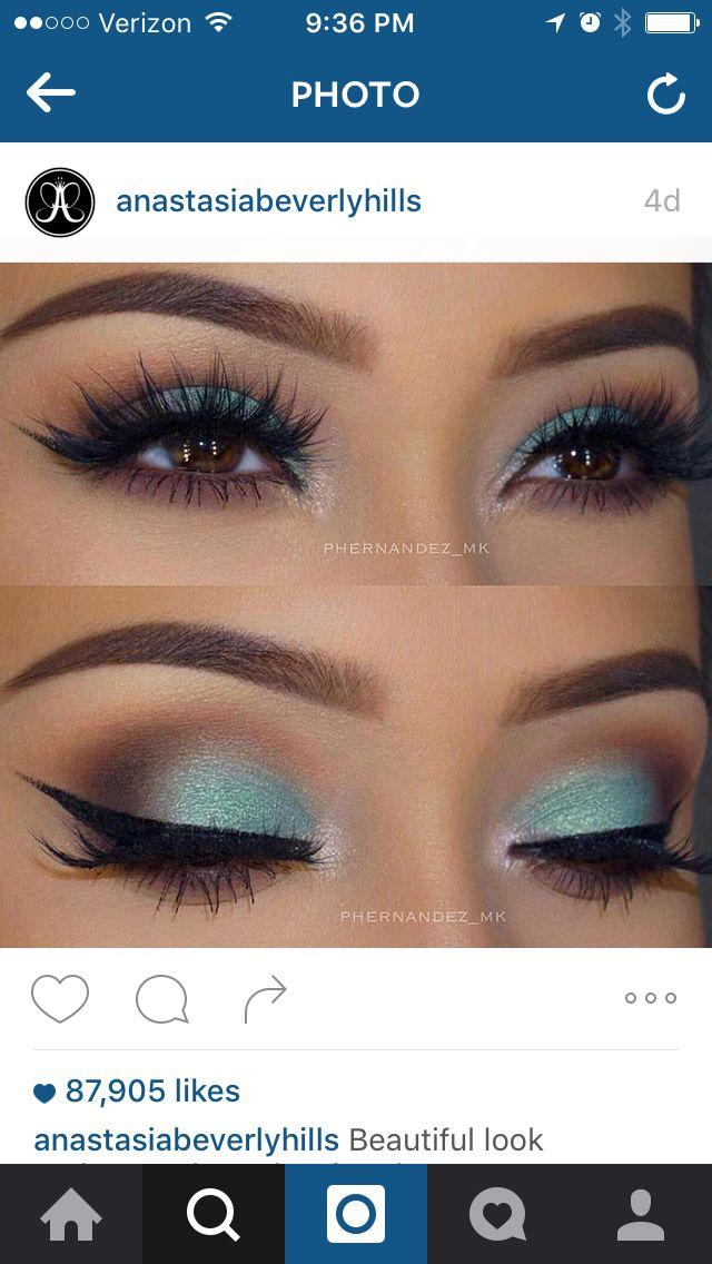 Anastasia Beverly Hills self-made pallet isle and brown eyeshadow