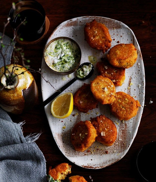 Red lentil Fritters with Green Yogurt