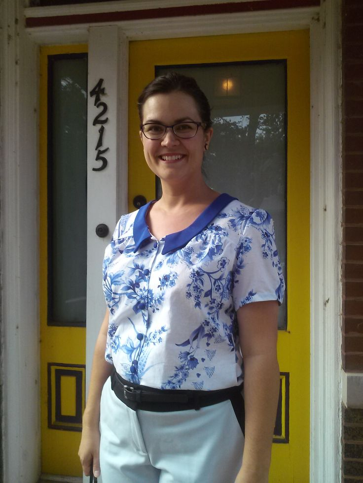 Erin's Mimi blouse with contrast collar #LoveAtFirstStitch