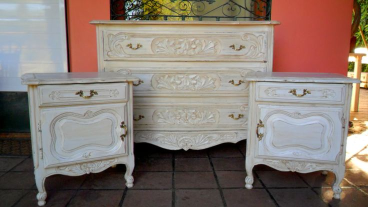 Juego de dormitorio provenzal decapado en blanco muebles - Muebles pintados en blanco ...