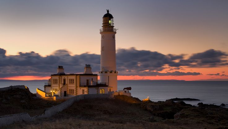 https://flic.kr/p/8tdDEq | Corsewall Lighthouse - XI | View On Black
