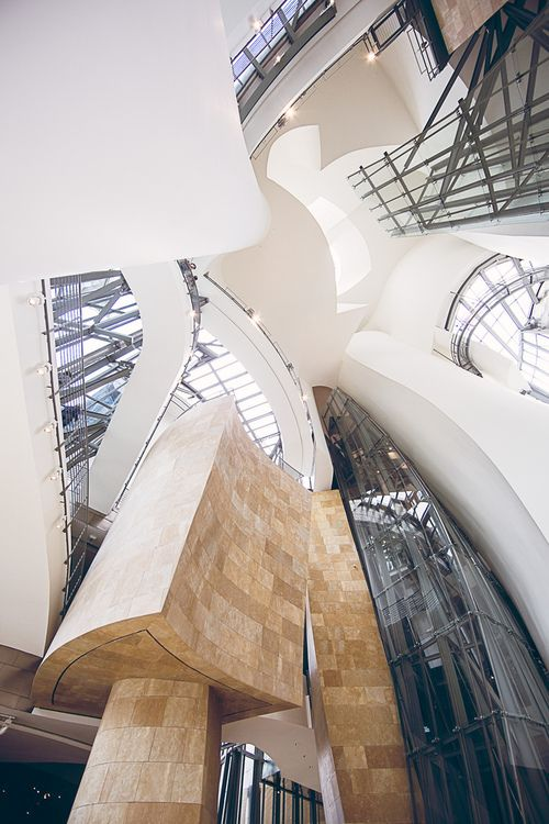 chongqing tiandi case 1 issues unilever house, a 70-year-old building in london, is no longer a pleasant place to work with its current poor amenities, high operating costs and inappropriate interior design.