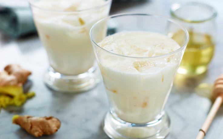 Smoothie med ingefära, lime och kokos