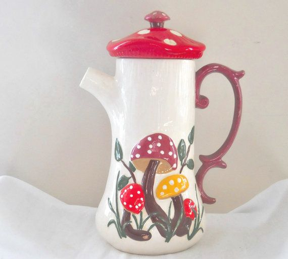 Mushroom Ceramic Pitcher Ceramics and Pottery Retro Kitchen Decor 60s Kitchen 70s Kitchen Decor Hippie Decorations Hippie Decor Red Pitcher