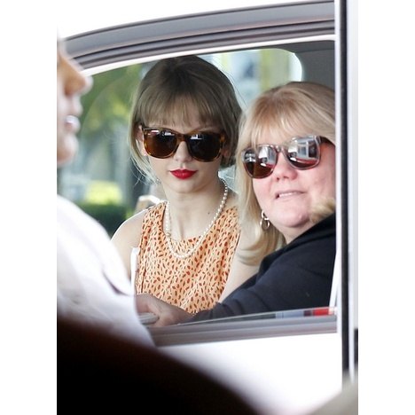 Taylor Swift was out and about in Los Angeles with her mother.