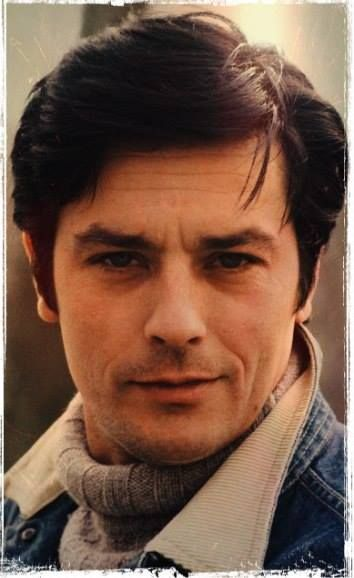 les 234 meilleures images du tableau alain delon sur pinterest alain delon fran ais et affiches. Black Bedroom Furniture Sets. Home Design Ideas