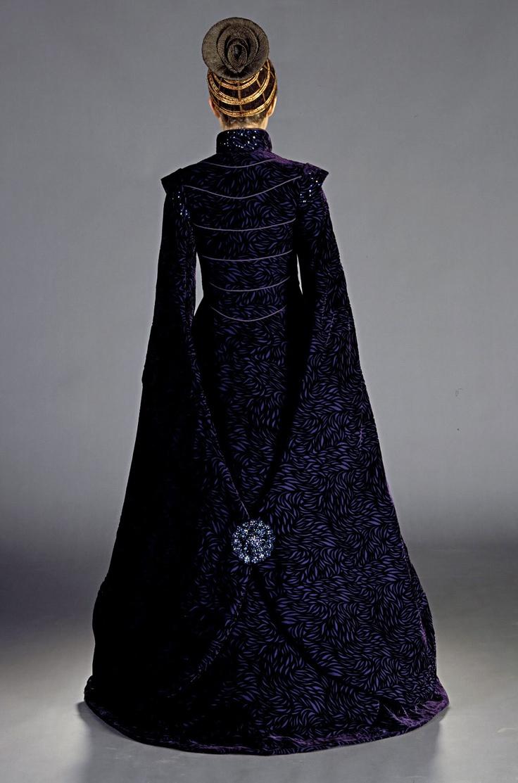 Senator Padme Amidala, 'StarWars Episode II: Attack of the Clones'. 'Loyalist Comittee' costume back view, designed by Trisha Biggar.