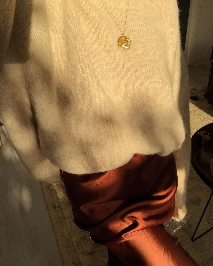 208abe1518f6 Burnt Orange Outfits: A cosy knit worn with the perfect hue of orange