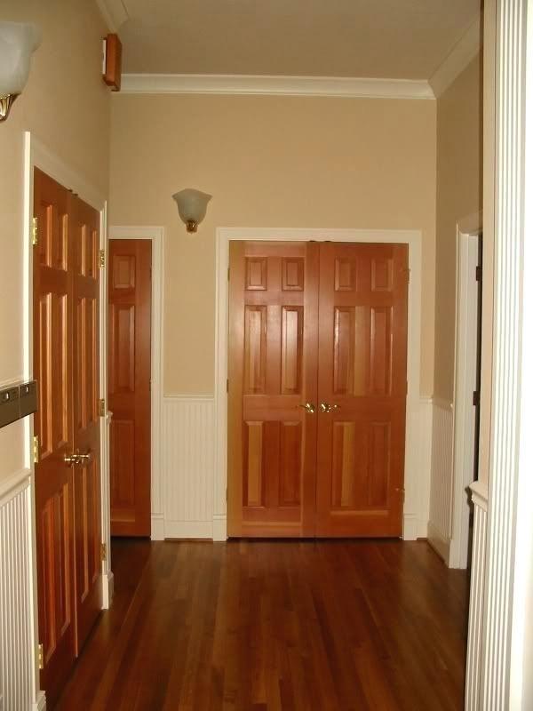 Pictures Of Golden Oak Door With White Trim Google Search In 2020 Interior Door Colors Wood Doors White Trim White Baseboards