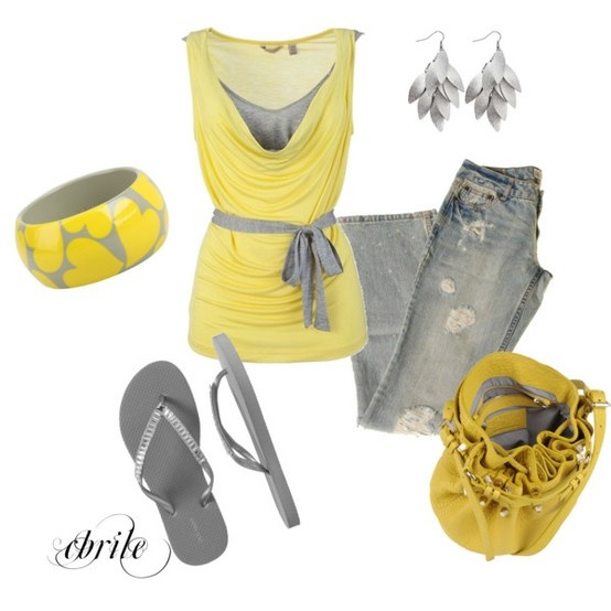 Love the color combination and the mix of dress and casual.