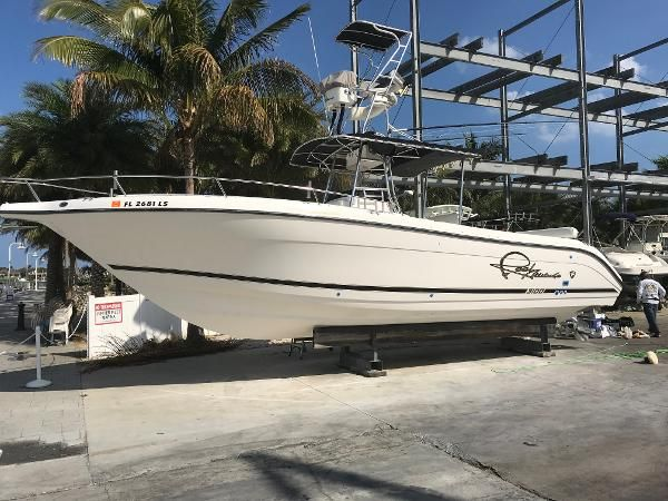 Used 2000 Century 3100 Center Console, Duck Key, Fl - 33050